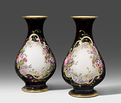 Schuler Auktionen AG - 1 Paar Vasen, Moskau-Gorunowo