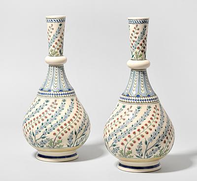 Schuler Auktionen AG - 1 Paar Vasen, Zsolnay