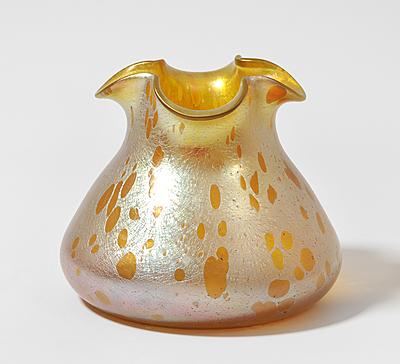 Schuler Auktionen AG - Vase, Lötz