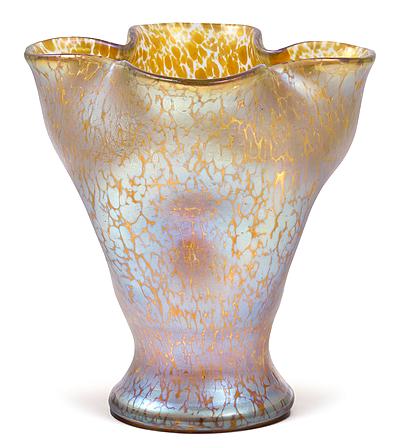 Schuler Auktionen AG - Vase, Lötz Witwe