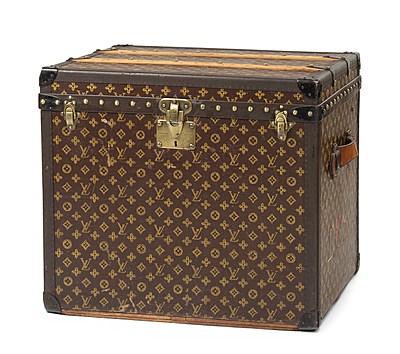 """Schuler Auktionen AG - Louis Vuitton, """"Malle à Chapeaux"""" um 1920."""