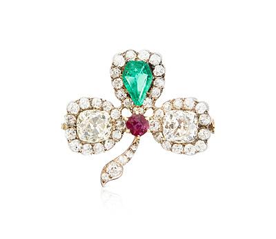 Schuler Auktionen AG - Diamant-Smaragd-Rubin-Brosche