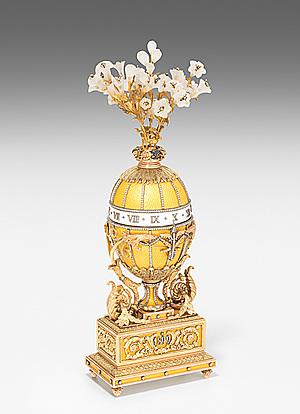 """Schuler Auktionen AG - """"Madonna Lilly Egg"""" - in der Art von Fabergé"""