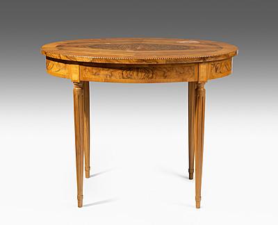 Schuler Auktionen AG - Kleiner Tisch