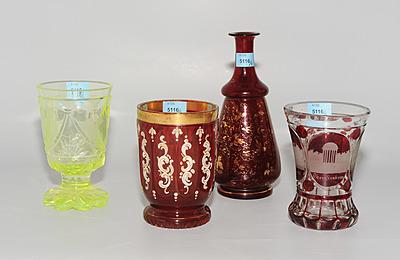 Schuler Auktionen AG - Böhmen, 3 Becher und Vase