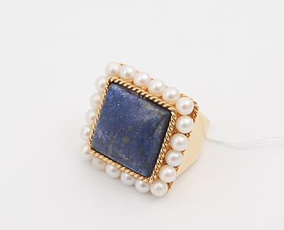 Schuler Auktionen AG - Lapislazuli-Perlen Ring