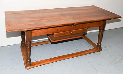 Schuler Auktionen AG - Tisch