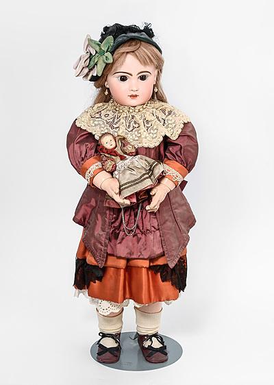 Schuler Auktionen AG - Grosse (Jumeau-)Puppe