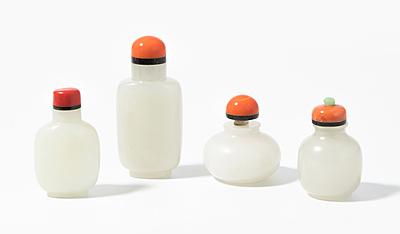 Schuler Auktionen AG - 4 Jade Snuff Bottles