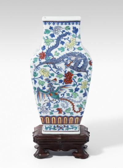 Schuler Auktionen AG - Doucai Vase